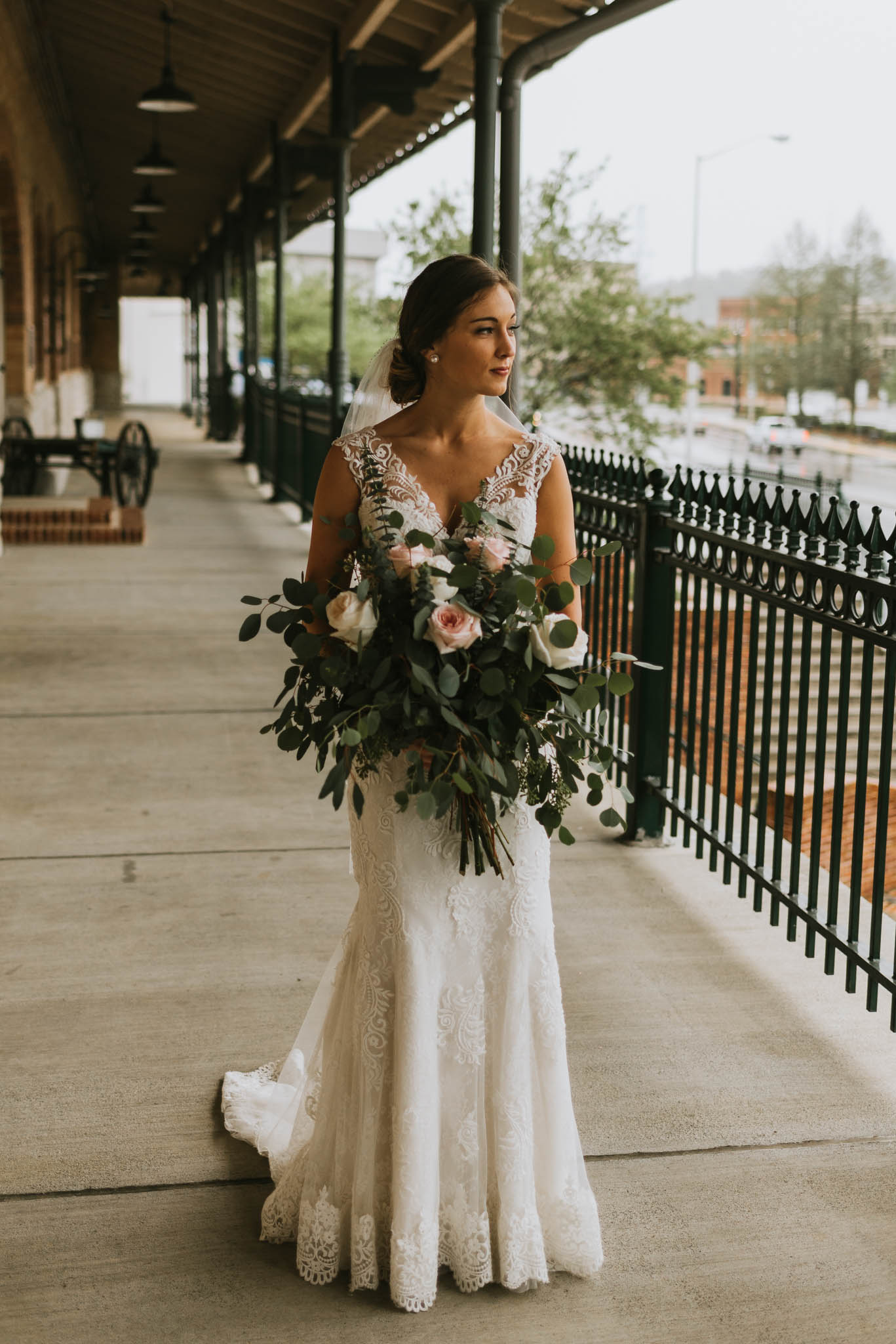 The Bristol Train Station Wedding, Bristol, TN, Northeast Tennessee Wedding Photographer, East Tennessee Wedding Photographer, Knoxville, TN Wedding Photographer