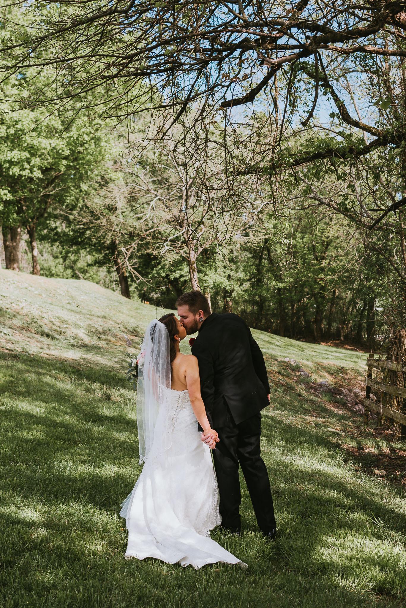 Broken J Farm Wedding In Bristol, Tennessee, Northeast Tennessee Wedding Photographer, East Tennessee Wedding Photographer, Knoxville, Tennessee Wedding Photographer