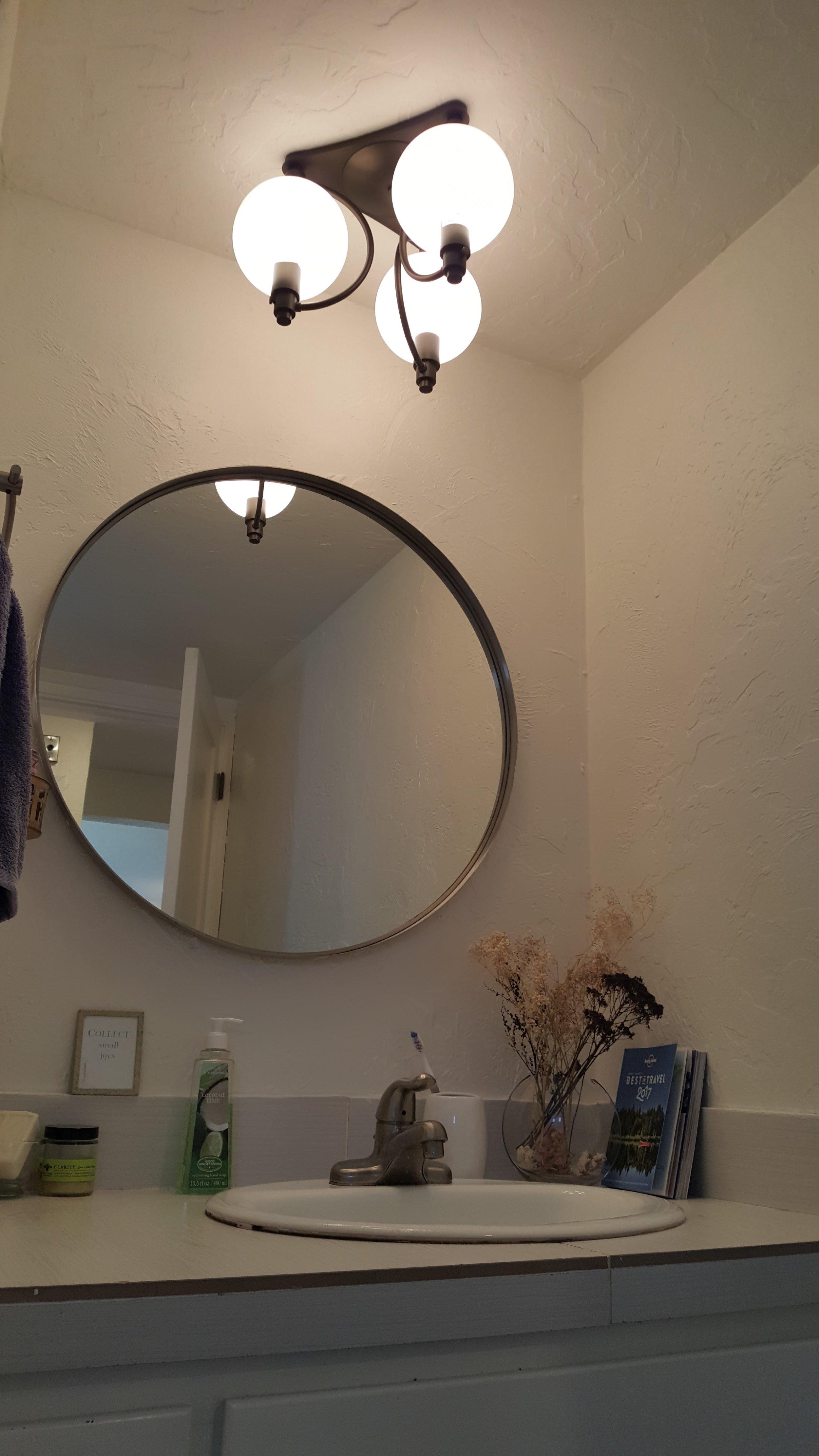 angled bathroom.jpg