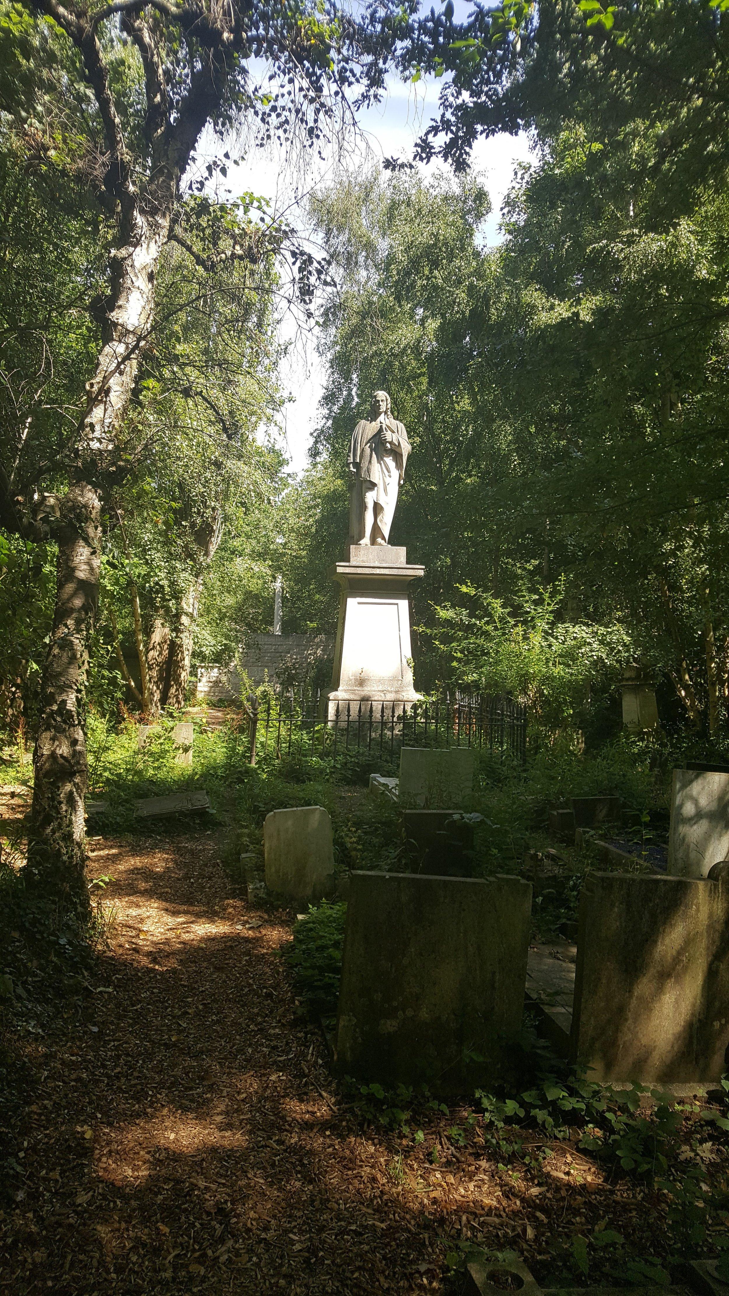 Dr Isaac Watts abney park.jpg