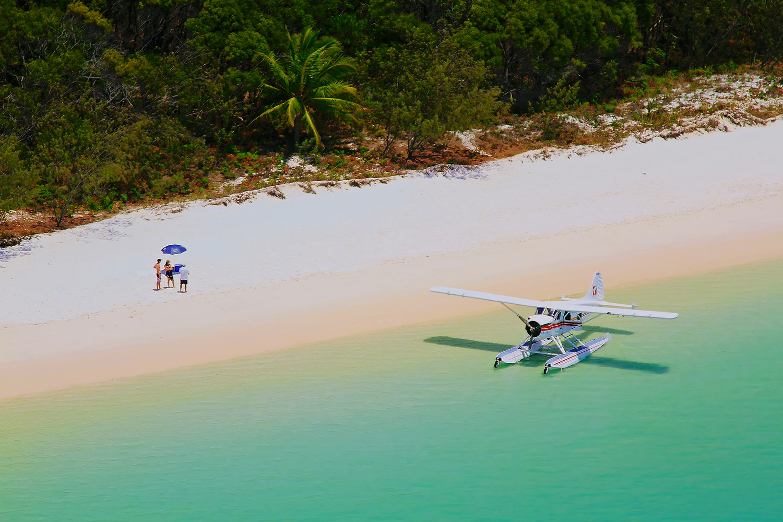 Whitehaven_Beach_Sea_Plane_web.jpg
