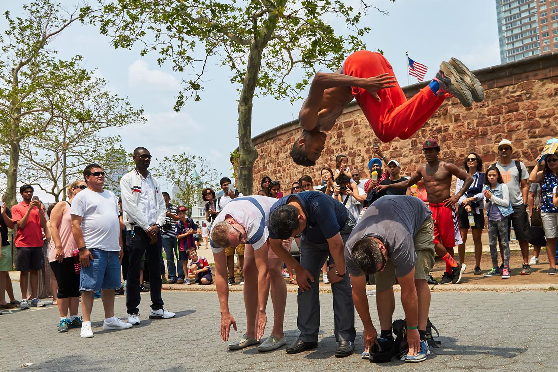 Street_Performers_web.jpg