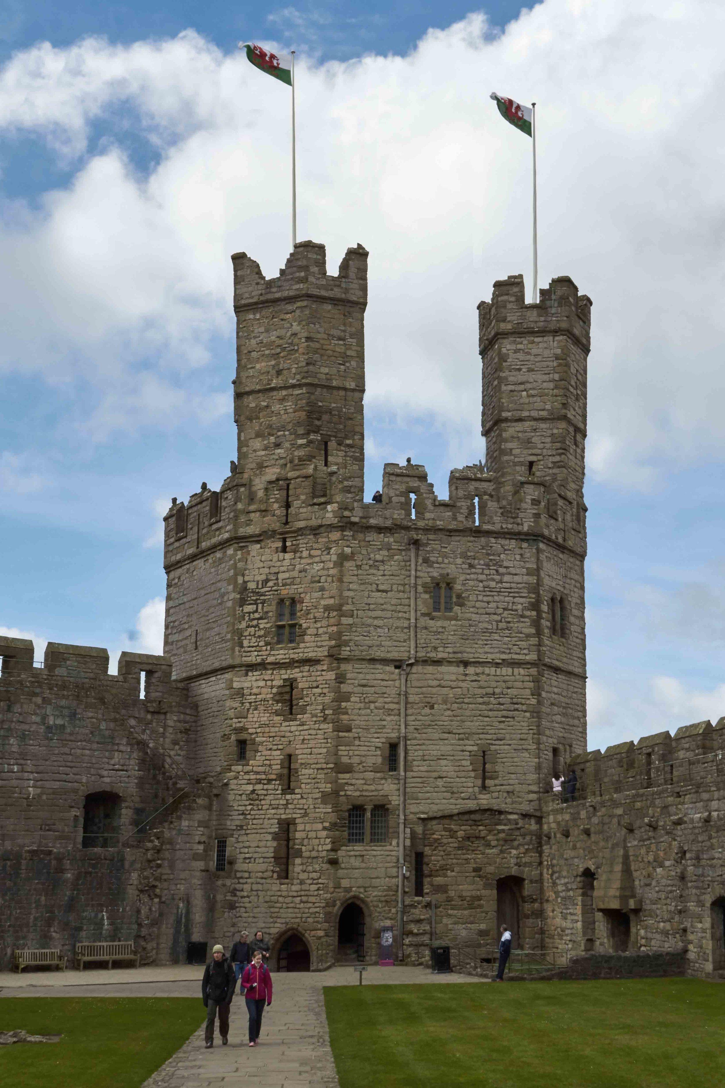 castel_tower_web.jpg