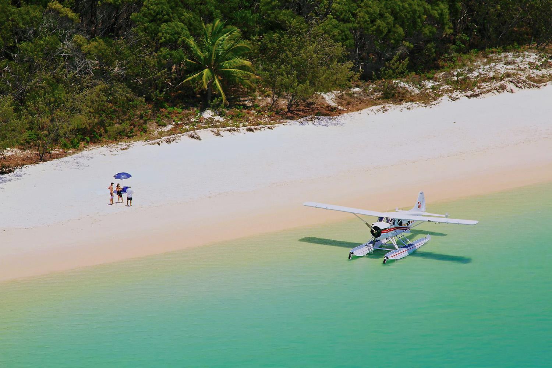Whitehaven_Beach_Sea_Plane_web copy.jpg