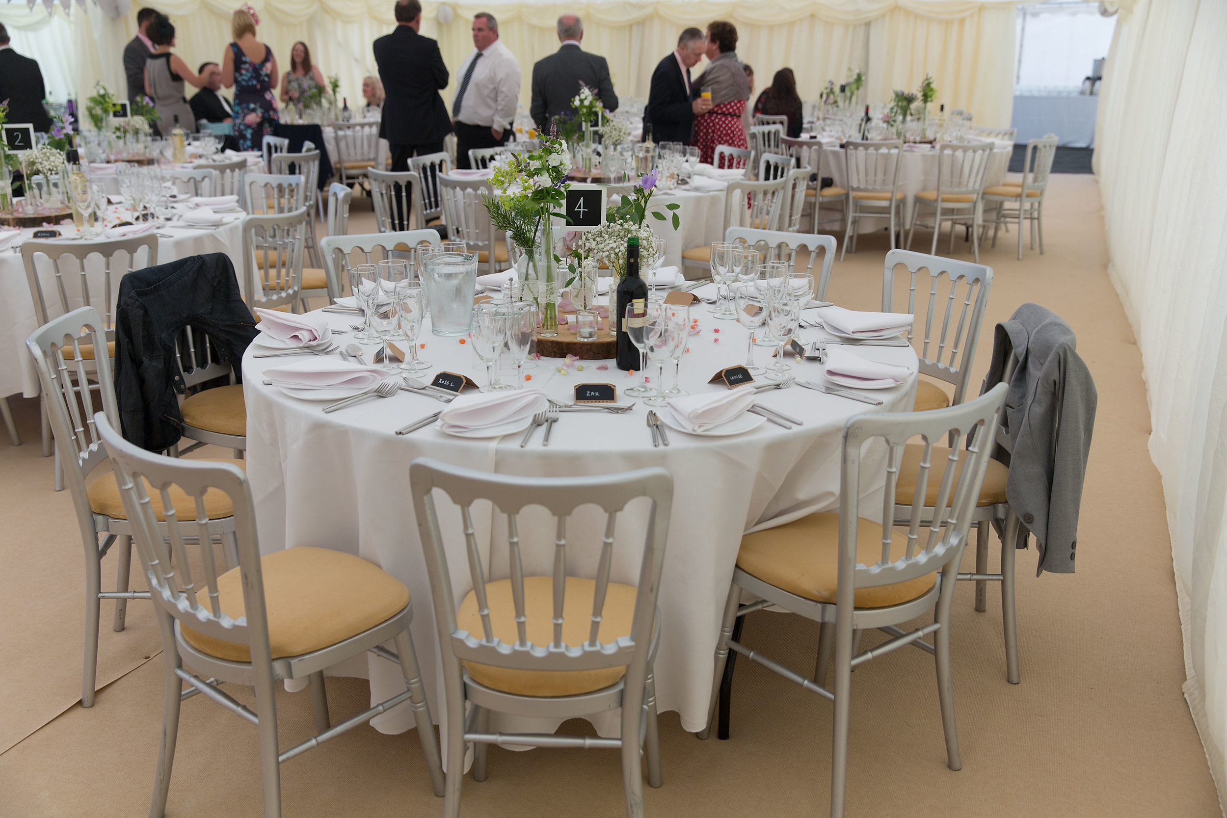 Different sizes of marquee can seat up to 300 or more guests comfortably, with separate areas for food preparation for for your evening entertainment DJ or band to set up out of sight.