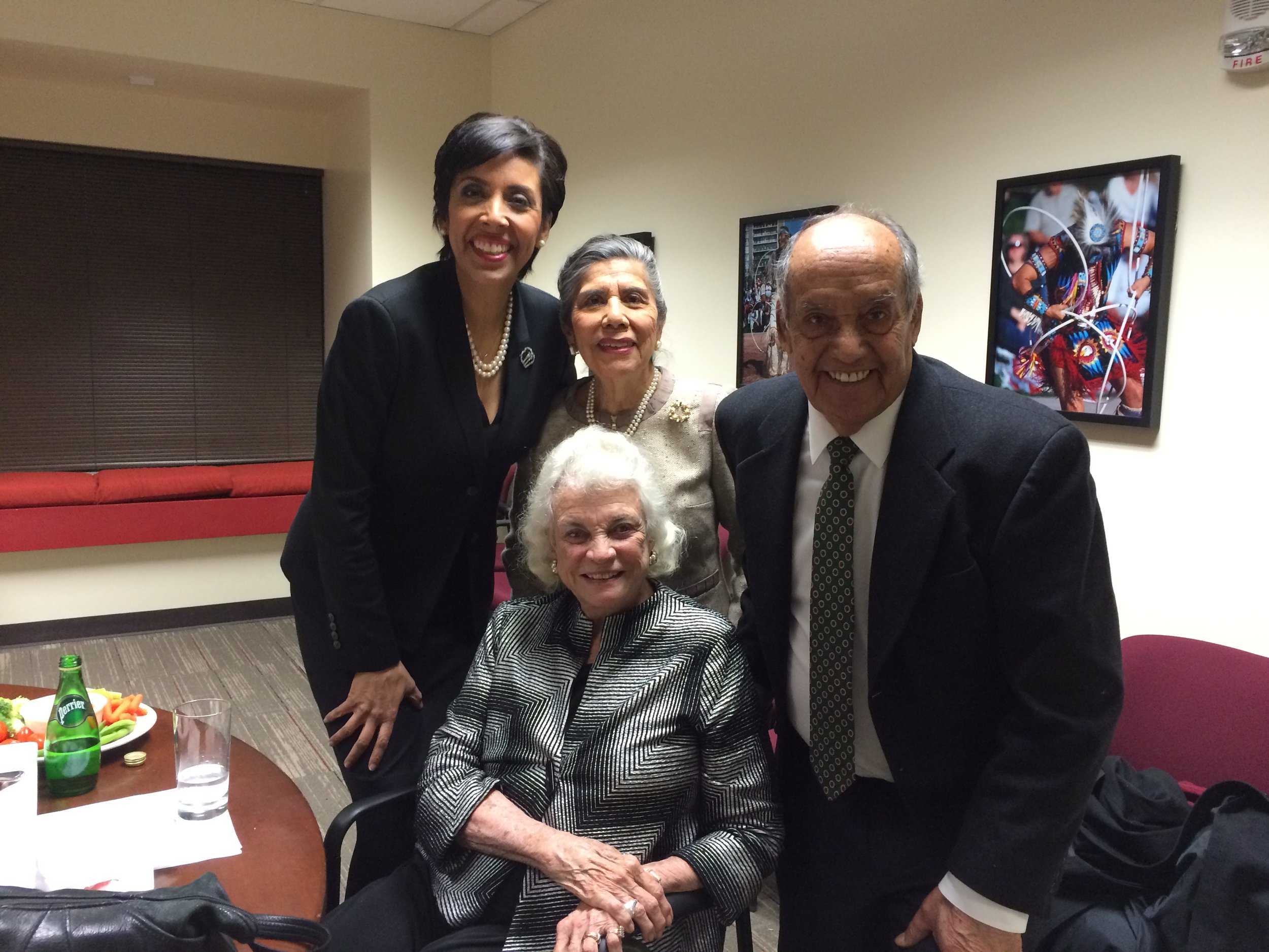 Former Associate Justice of the Supreme Court Sandra Day O'Connor with Anna Maria Chávez and family