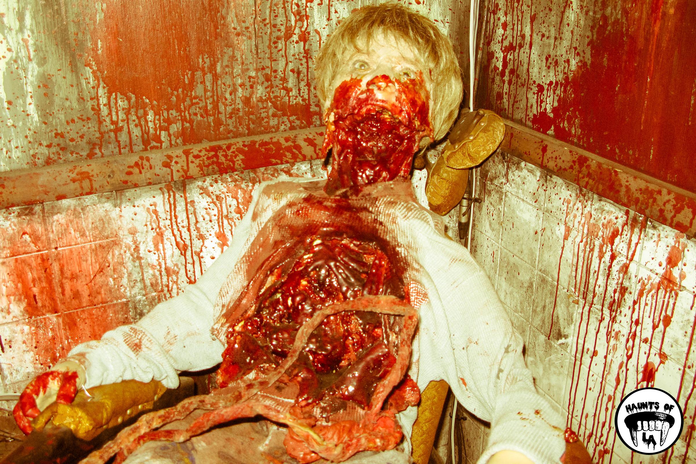 HOLA Knotts Scary Farm sized.jpg