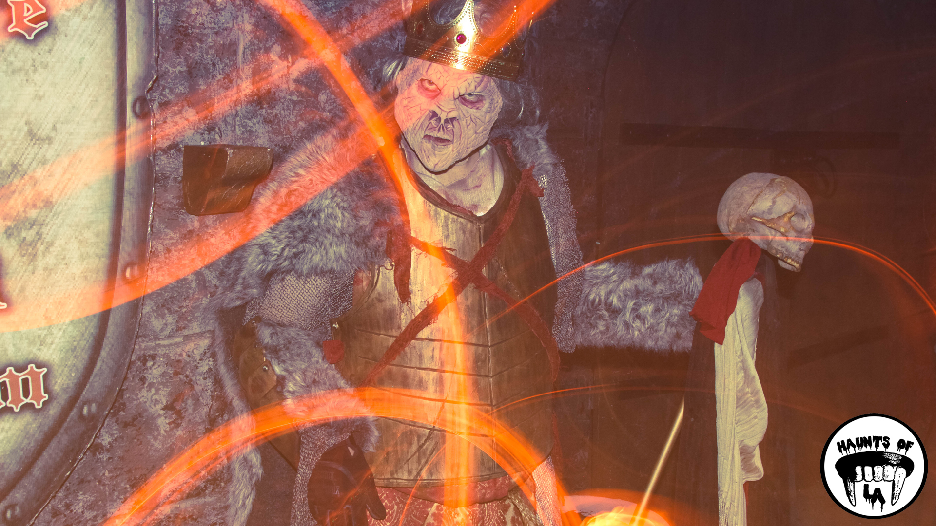 HOLA 18.10.29 - Beware The Dark  Realm 1.jpg