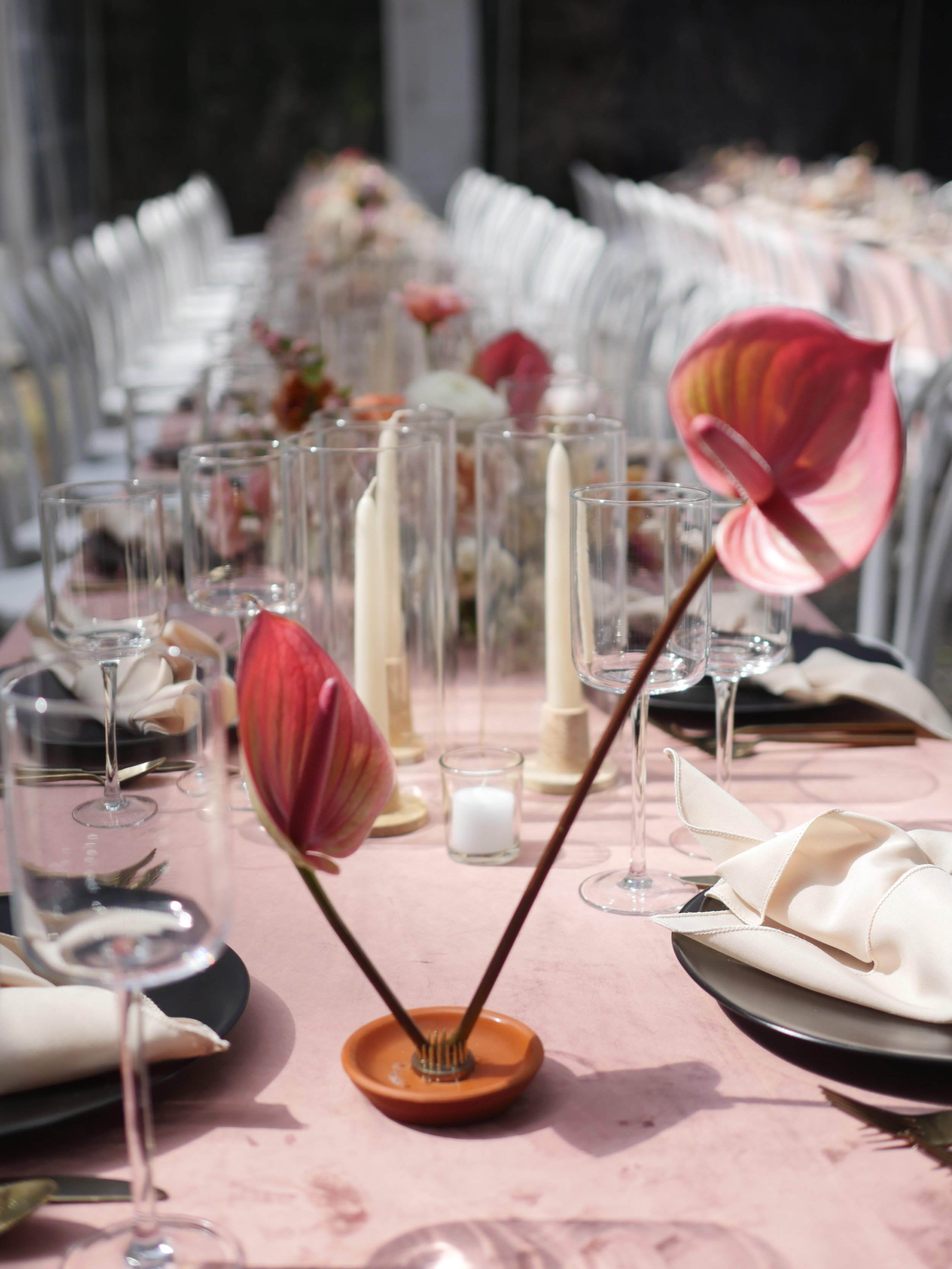 Simple wedding table floral design by Color Theory Collective