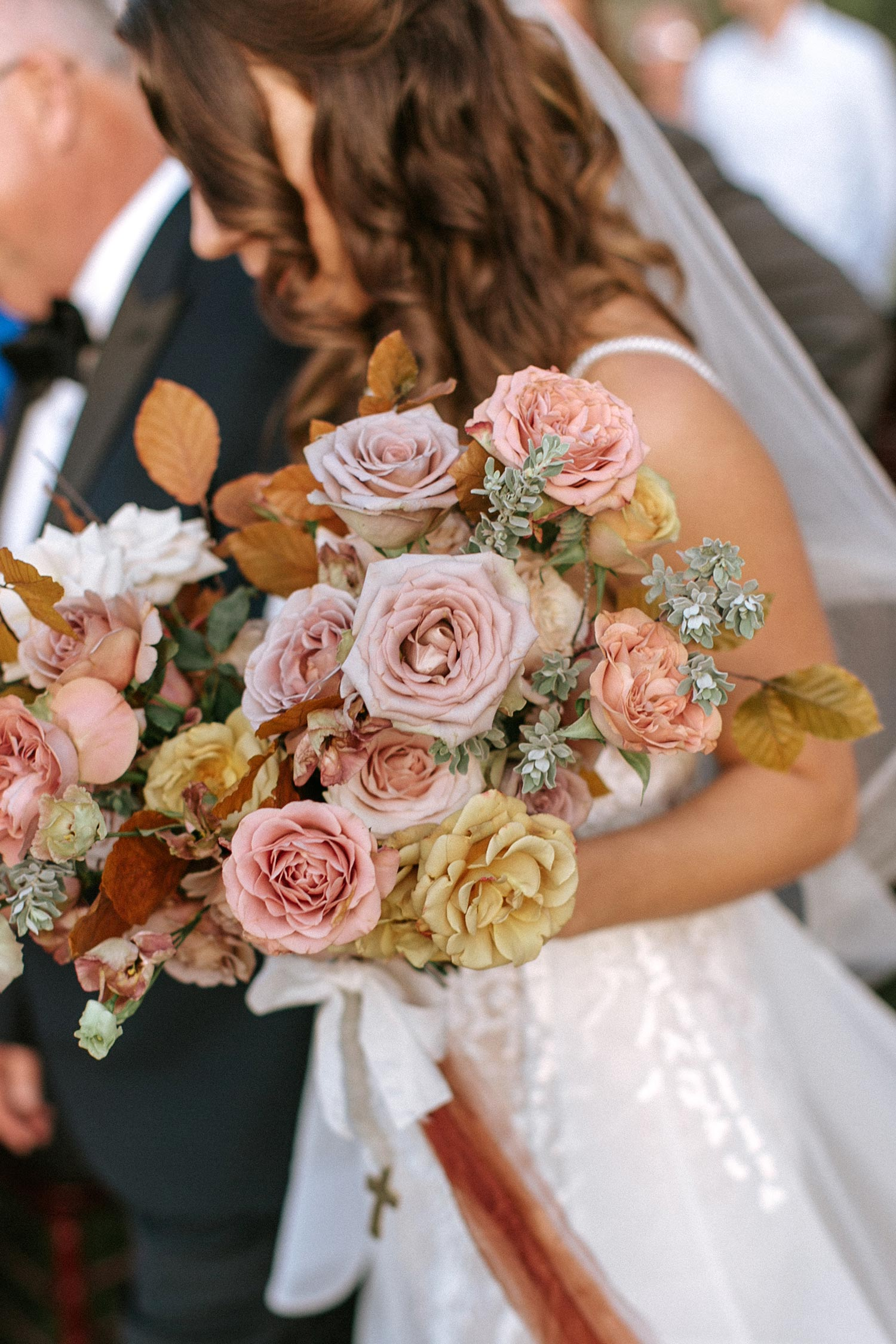 Bridal flowers - florist Color Theory Collective