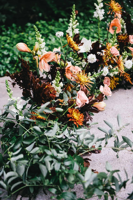 Portland-florist-wedding-flowers-ceremony-arch.jpg