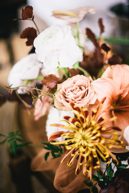 Portland-oregon-florist-wedding-table-florwers.jpg