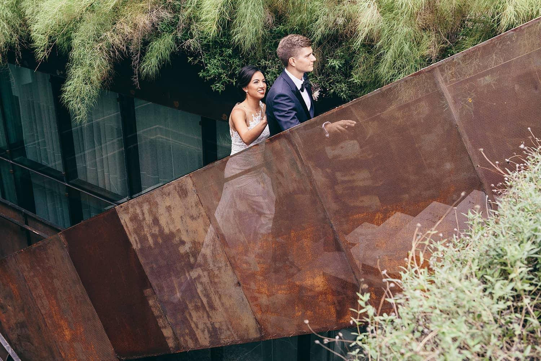 Portland-Oregon-wedding-flowers-bride-with-groom.jpg