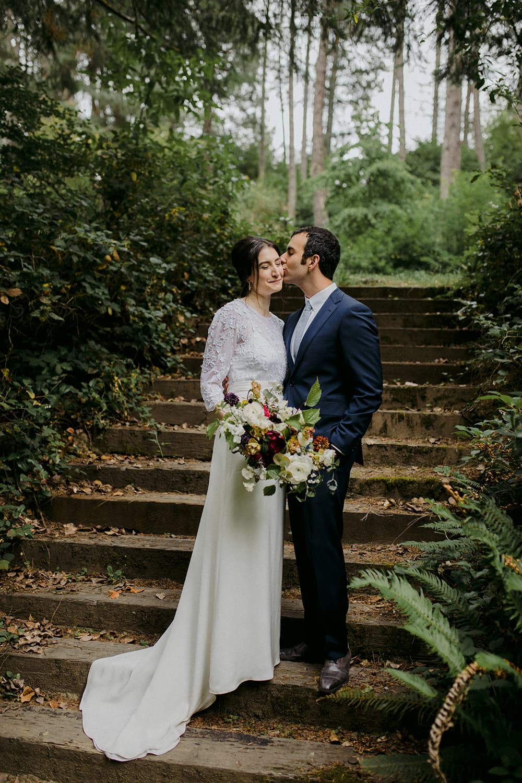 portland-wedding-florist-bride-groom-hoyt-arboretum.jpg