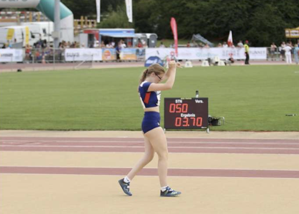 Molly-Kingsbury-World-Junior-Championships.png