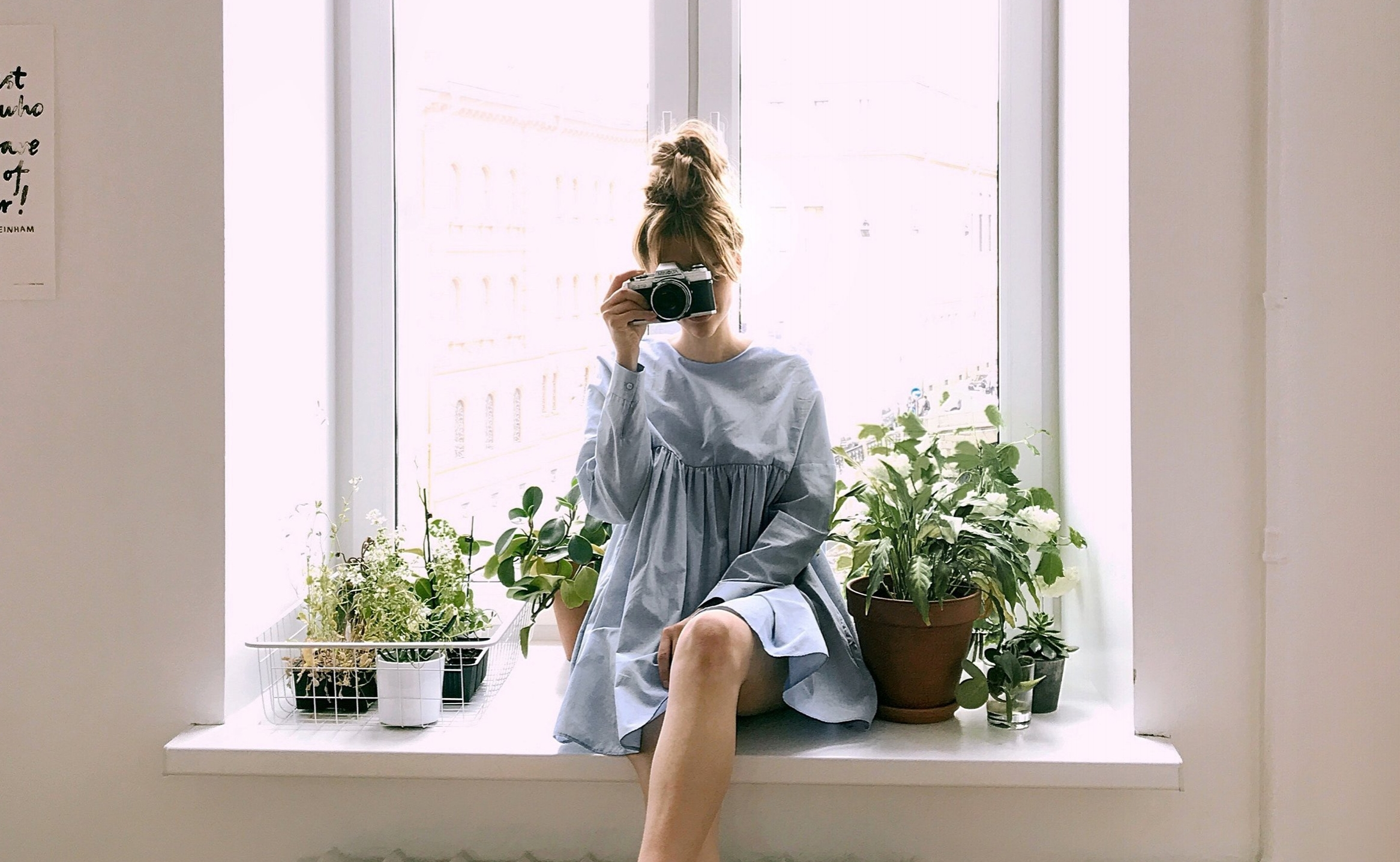 blue-dress-fashion-indoors-1109596.jpg