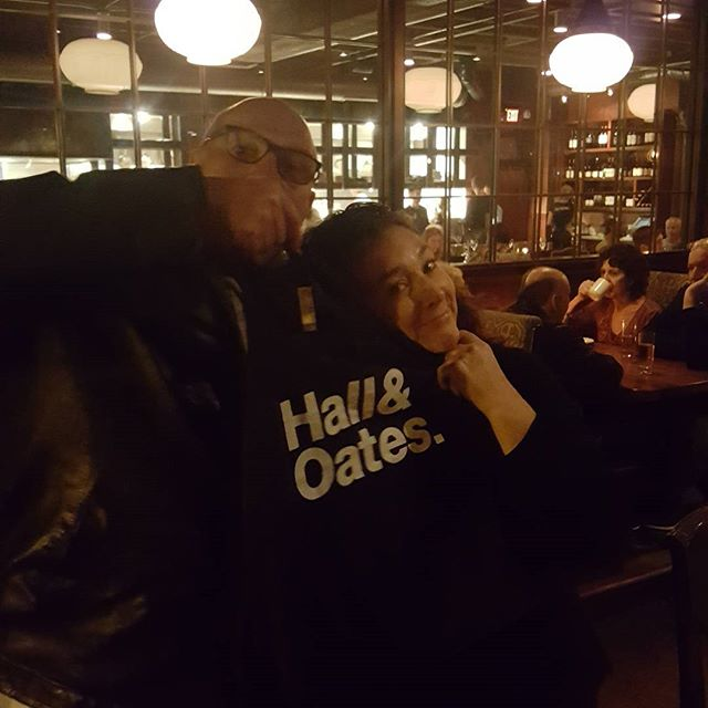 How dedicated is World Riders Foundation to building a school at the Good Care Childrens Orphanage? Last night board member Bobbi Peacock literally sold the shirt off her back for a donation from a stranger at a restaurant 😊  #givinghope #givingeducation  24 days until #givingtuesday #hall&oatesfans #hall&oates