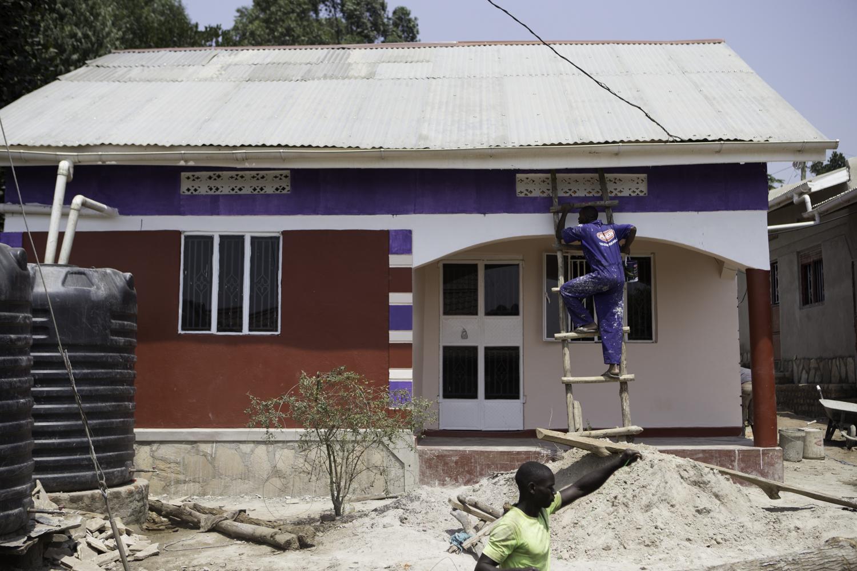 sarah-danielle-photography-Uganda-house-1.jpg