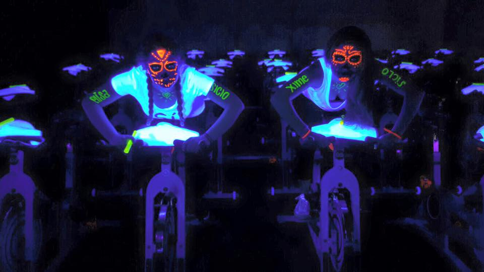 This isn't me but I wish it was. Why didn't I paint myself with highlighters before cycling?!?