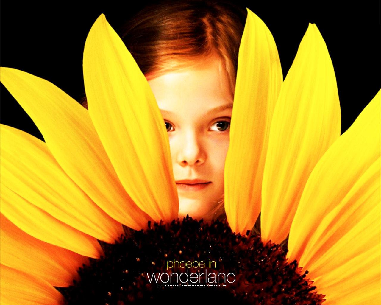 phoebe_in_wonderland01.jpg