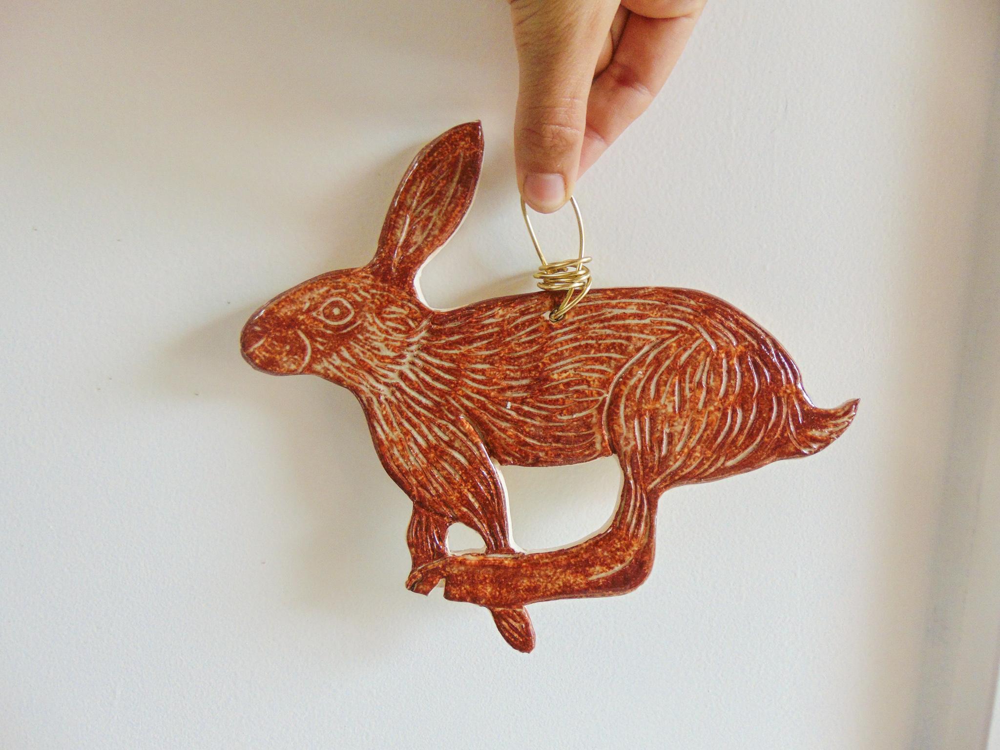 hare hanger.jpg
