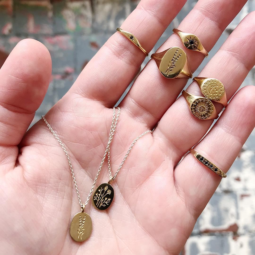 Claus Jewelry