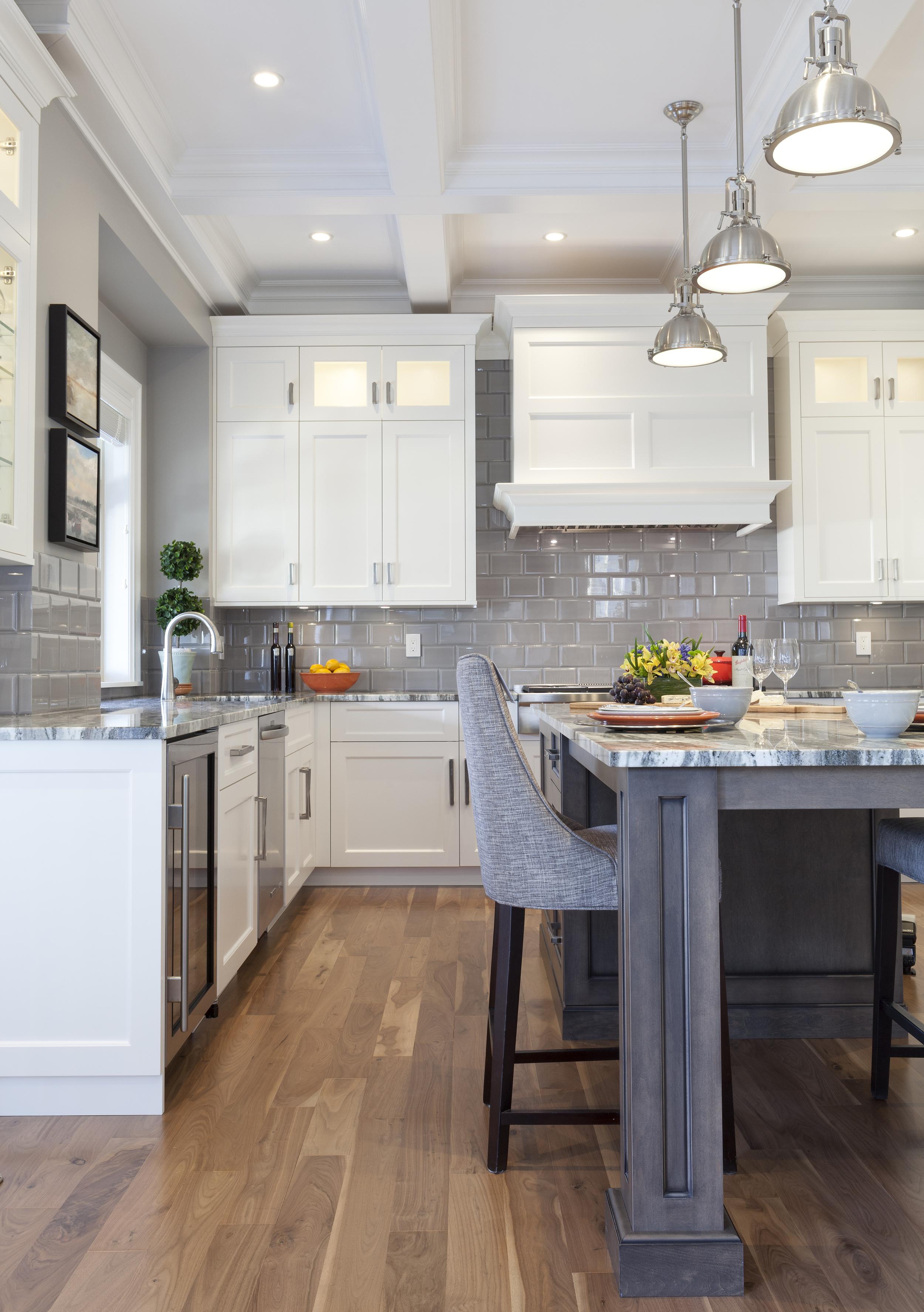 2305 Kitchen 2.jpg