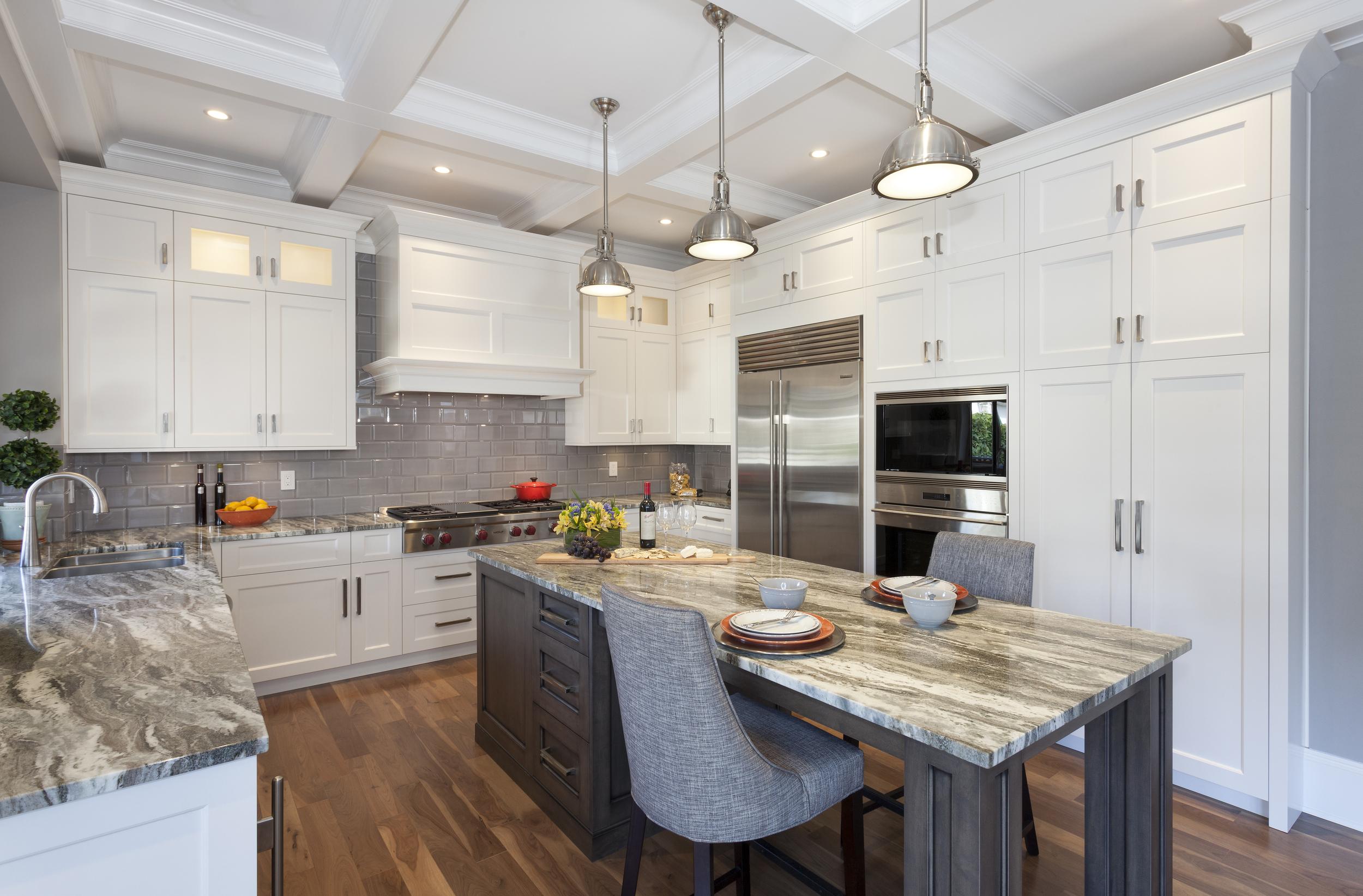2305 Kitchen 1.jpg
