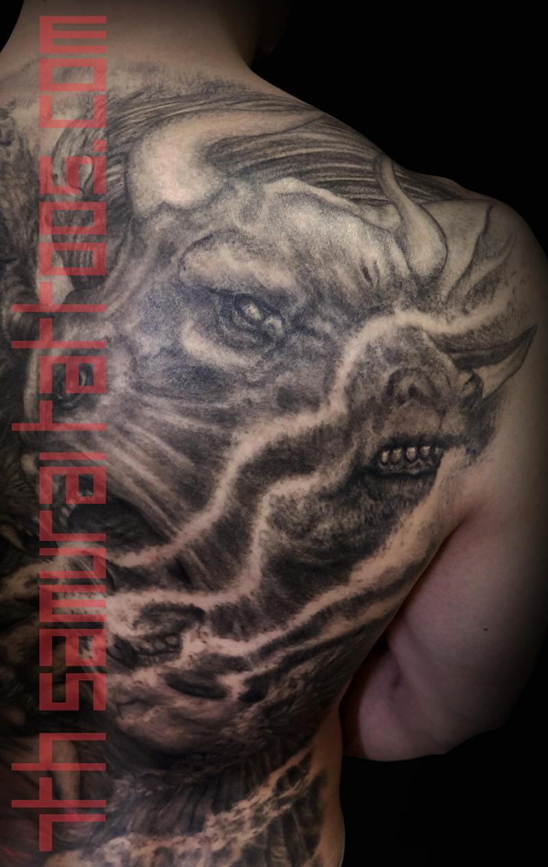 Men's religous Ezekiel 4 headed eagle tiger ox Jesus temptation woman red highlights robes back piece tattoo 3.png