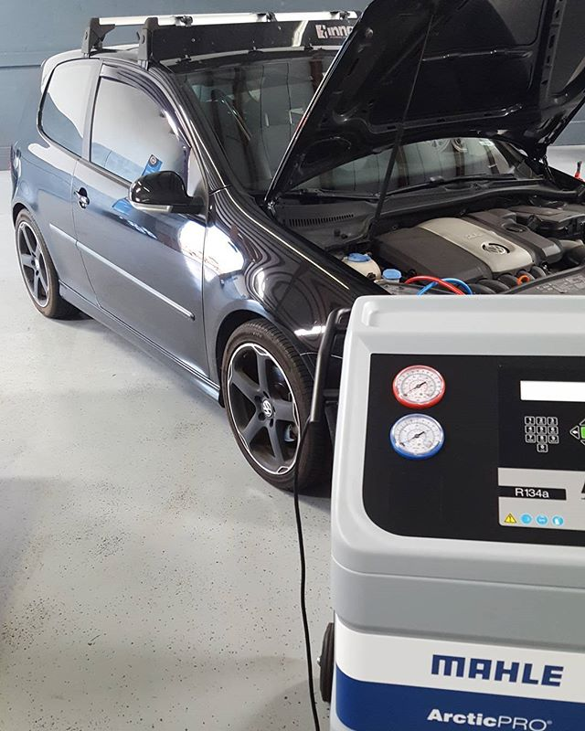 Even though we love #peformance we still do all the normal car maintenance. In #florida #ac service is a must. A #mk5 #rabbit in for a Compressor control valve and cooling fans. #vw #vwvortex #golf #Bradenton #sarasota #shop #datvotexkit #panzerperformance