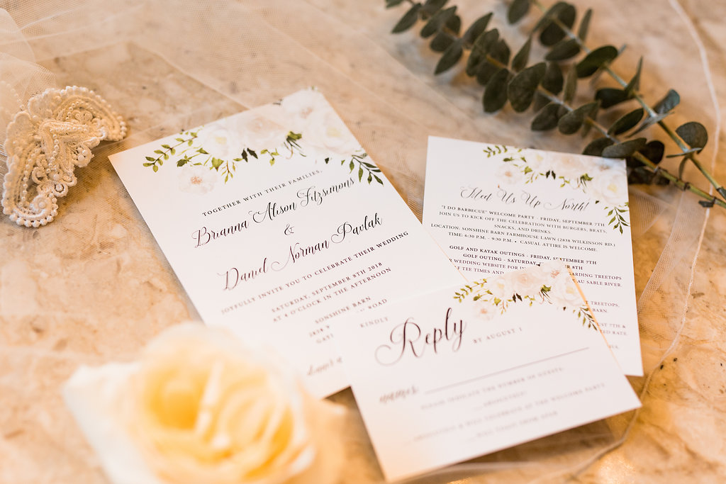 Sonshine_barn_northern_michigan_wedding_-2.jpg