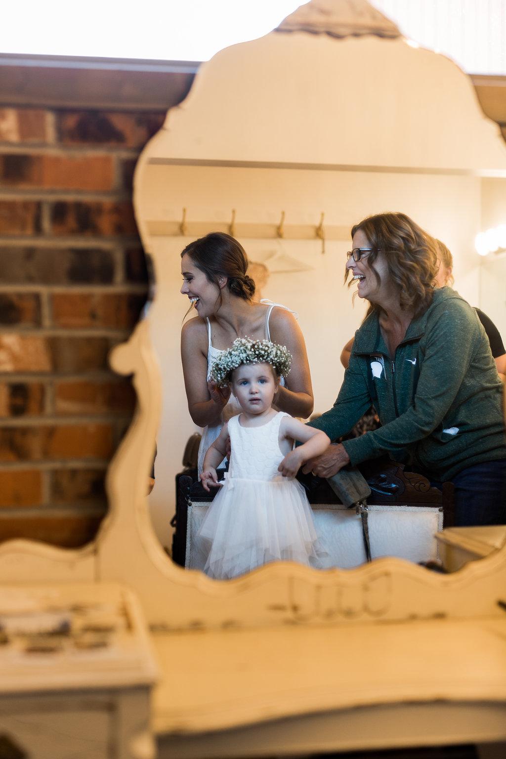 Sonshine_barn_northern_michigan_wedding_-16.jpg