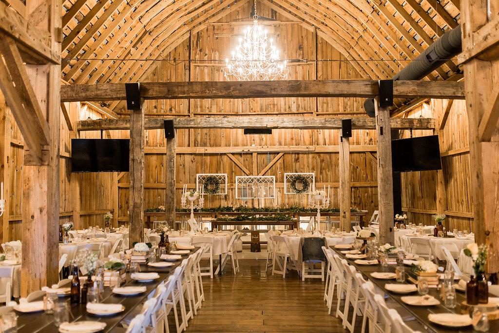 Sonshine_barn_northern_michigan_wedding_-19.jpg