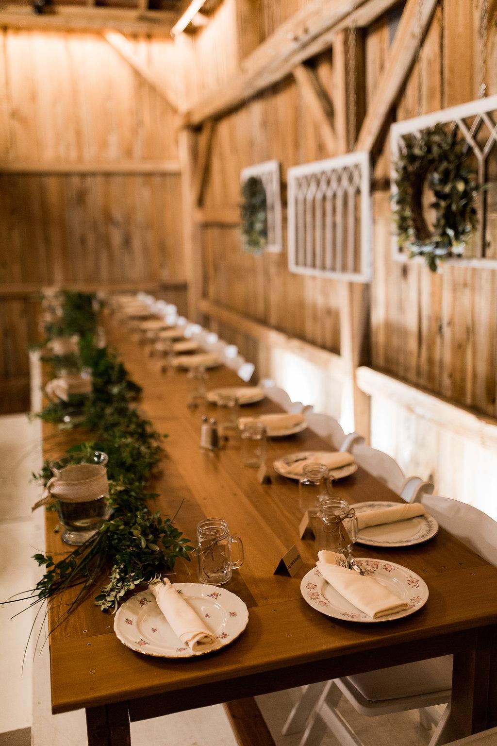 Sonshine_barn_northern_michigan_wedding_-22.jpg
