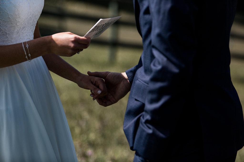 Sonshine_barn_northern_michigan_wedding_-40.jpg