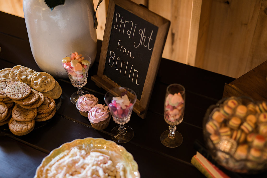 Sonshine_barn_northern_michigan_wedding_-54.jpg