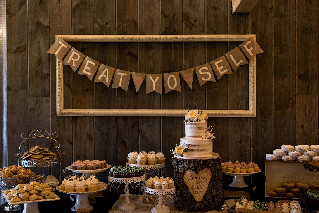 Sonshine_barn_northern_michigan_wedding_-55.jpg