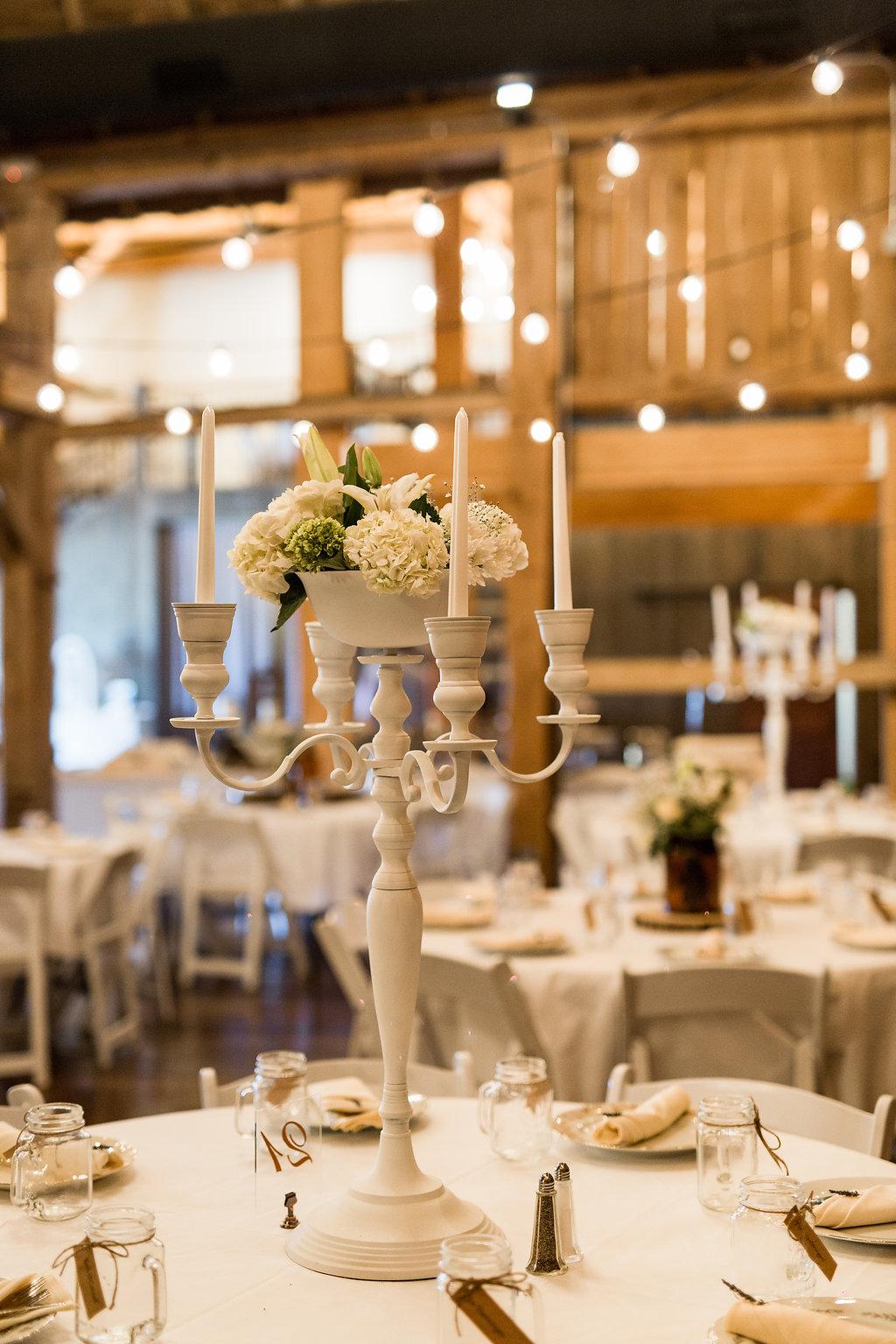 Sonshine_barn_northern_michigan_wedding_-57.jpg