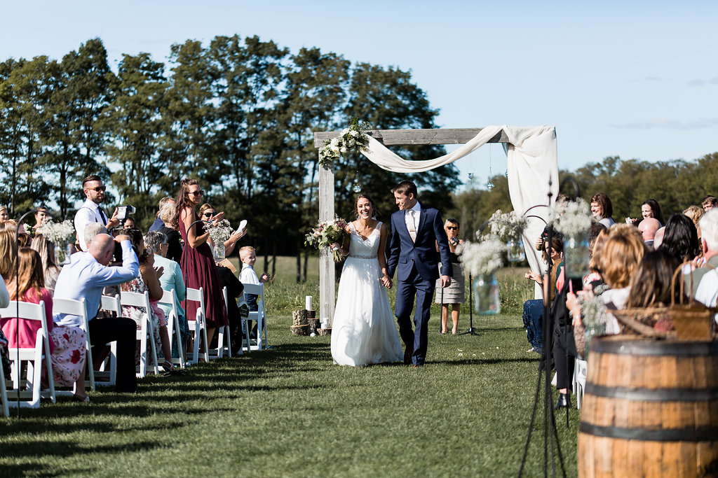 Sonshine_barn_northern_michigan_wedding_-72.jpg