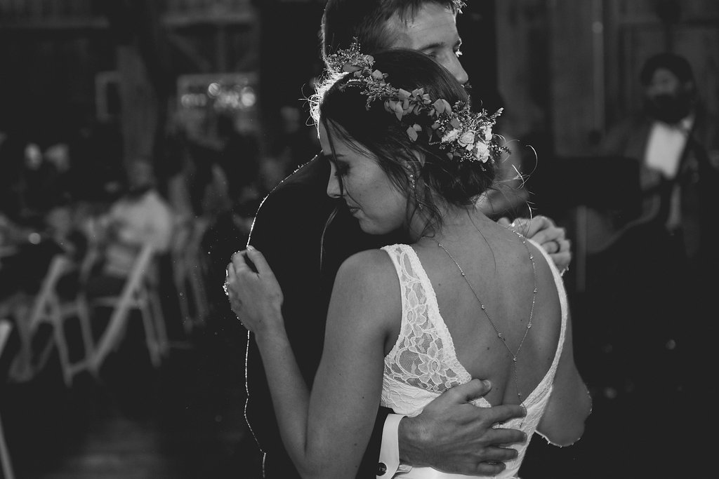 Sonshine_barn_northern_michigan_wedding_-87.jpg