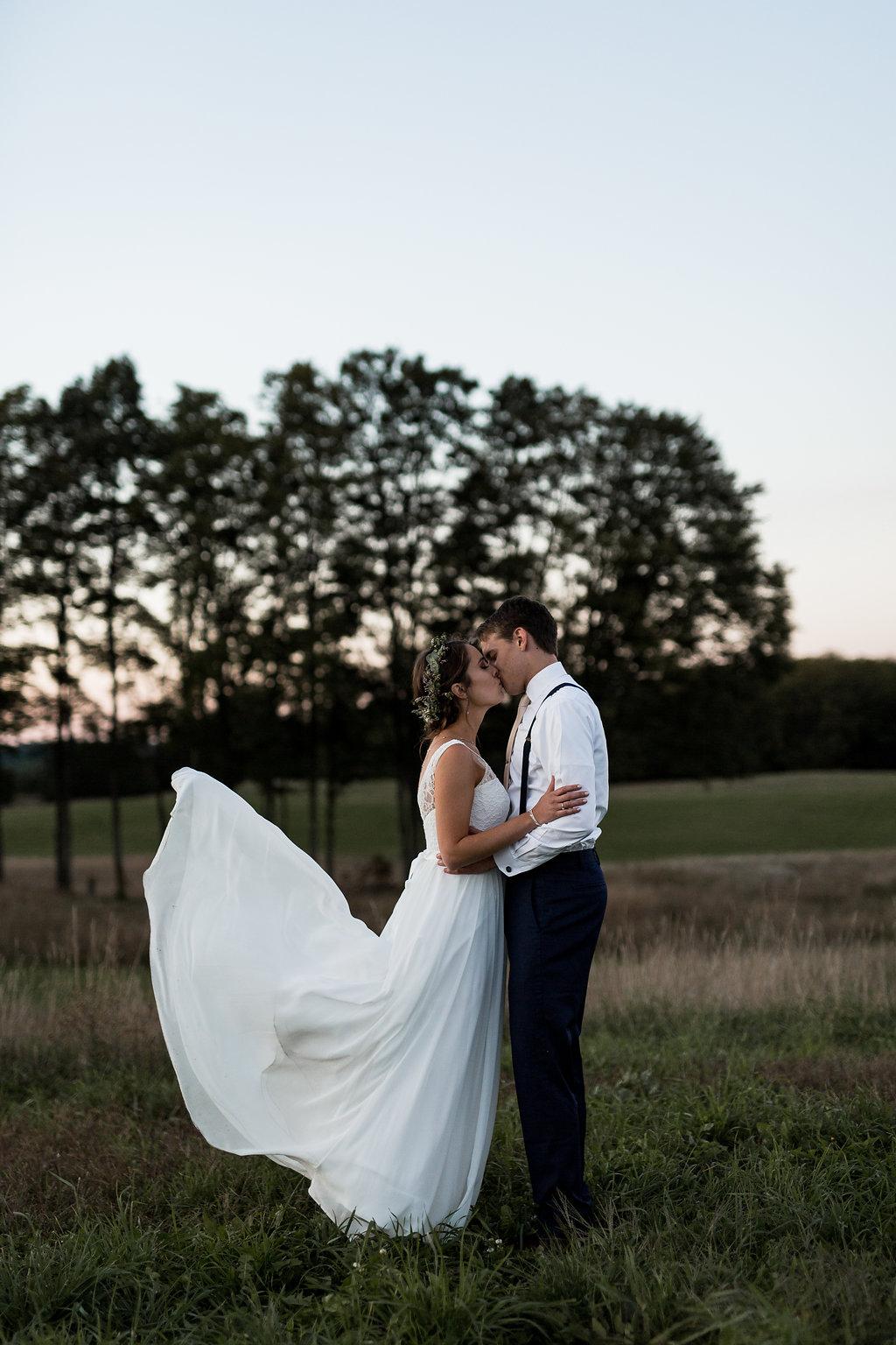 Sonshine_barn_northern_michigan_wedding_-106.jpg