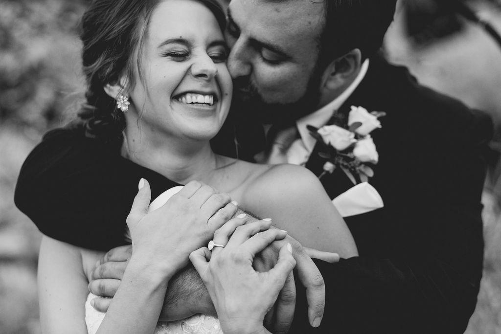 best_midwest_wedding_photographer_JMH_photography-40.jpg