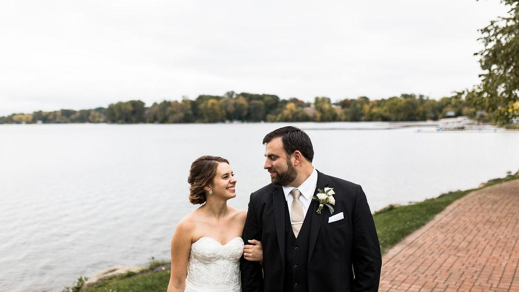 best_midwest_wedding_photographer_JMH_photography-78.jpg