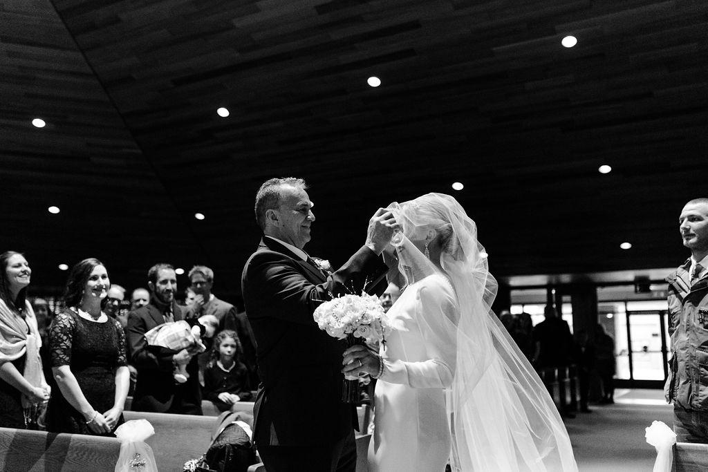 Marine_wedding_best_michigan_wedding_photographer_-54.jpg