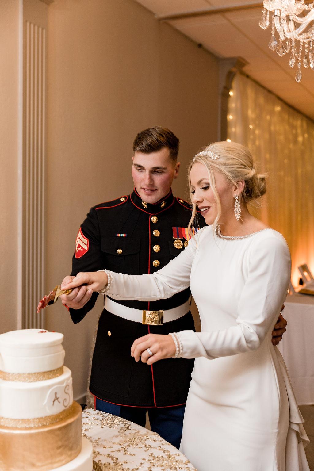 Marine_wedding_best_michigan_wedding_photographer_-92.jpg