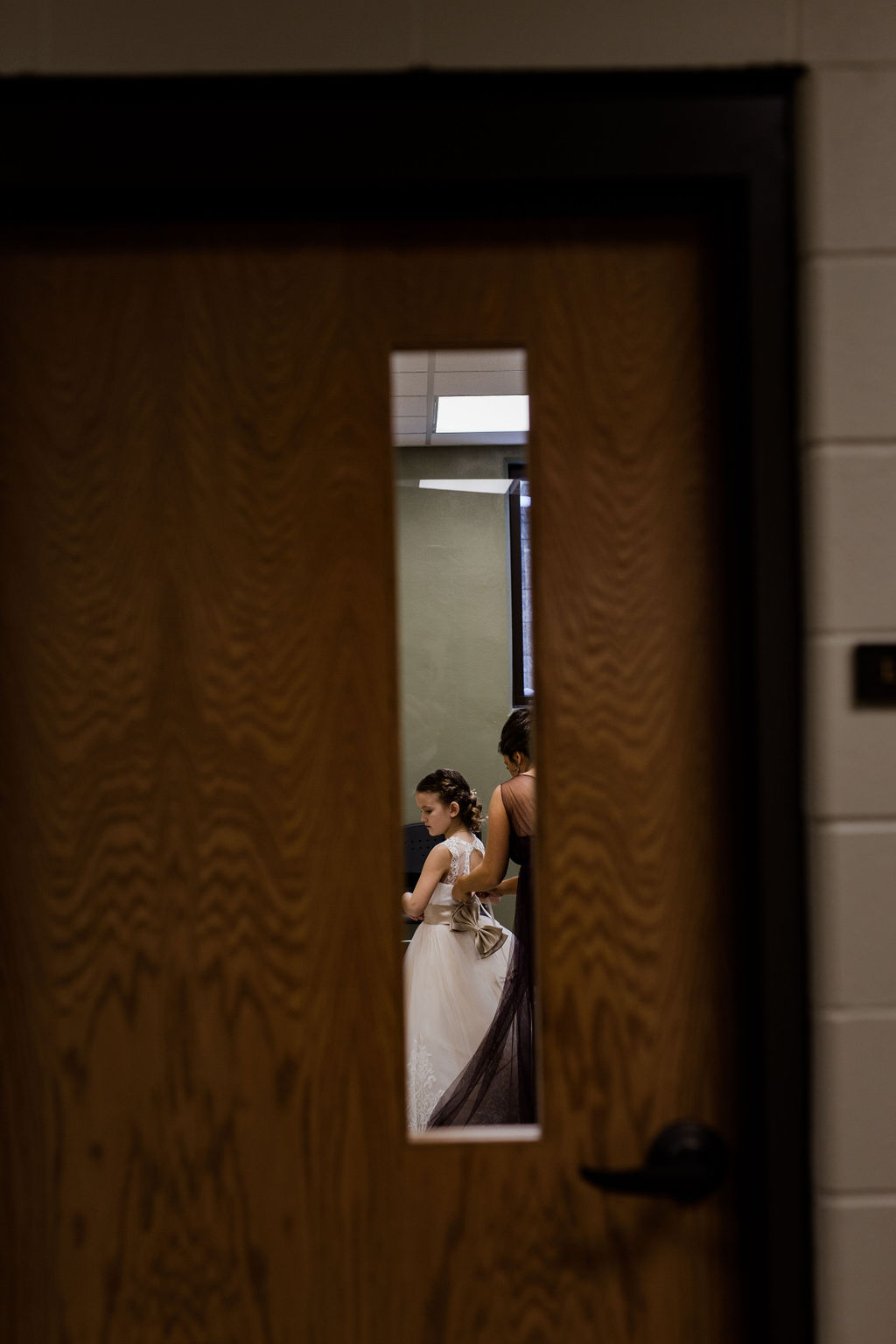 Michigan_wedding_photographer_baker_loft_wedding_-26.jpg