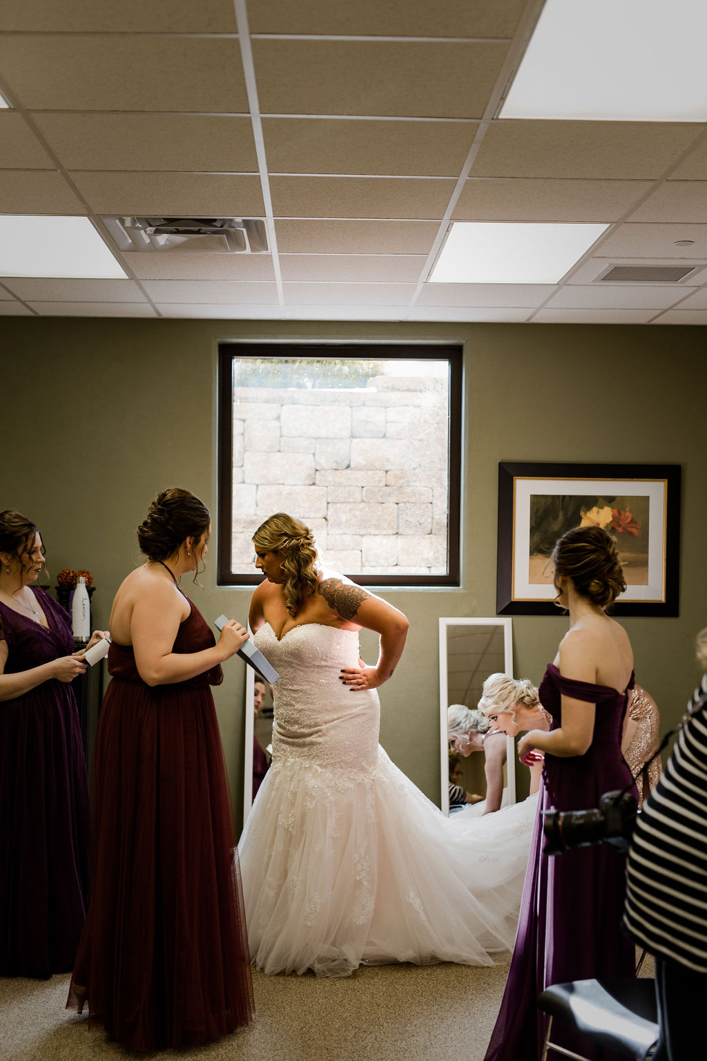Michigan_wedding_photographer_baker_loft_wedding_-27.jpg