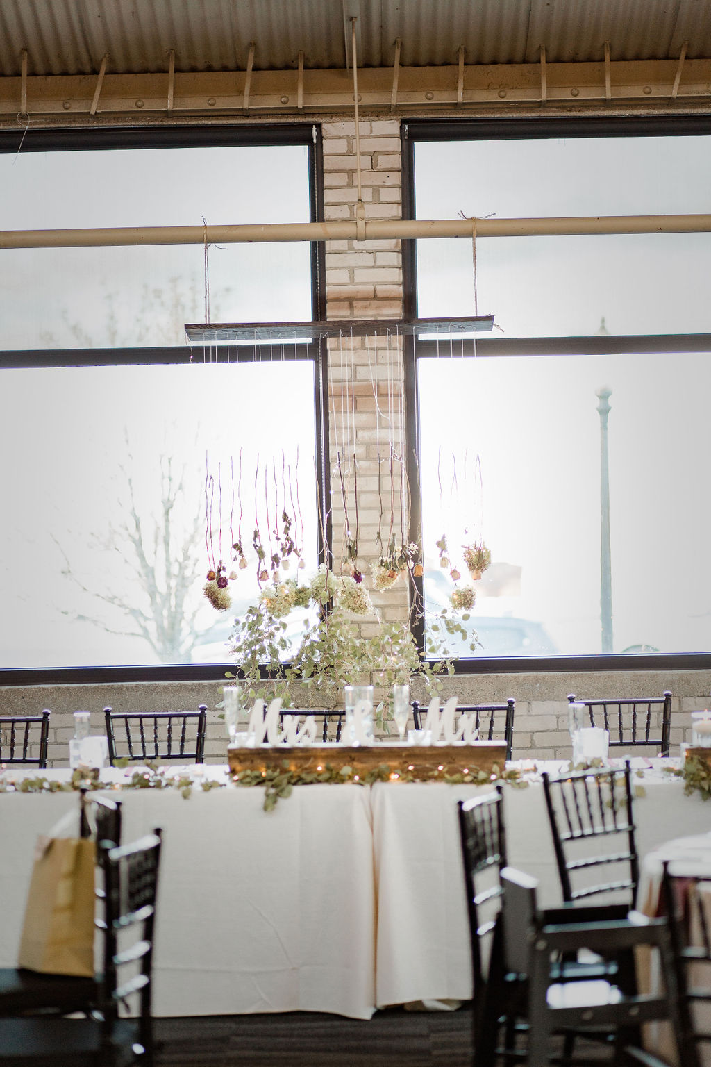 Michigan_wedding_photographer_baker_loft_wedding_-47.jpg