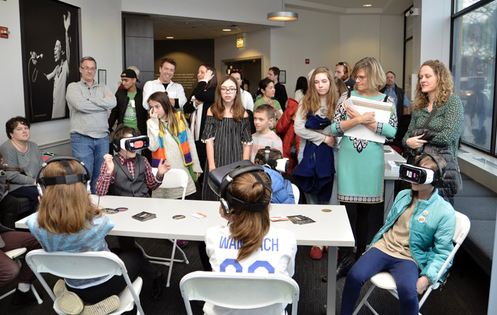 """An """"Under the Canopy""""virtual reality experience was part of the Young Filmmakers Contest Awards program at Columbia College. (Photo by Gloria Araya)"""