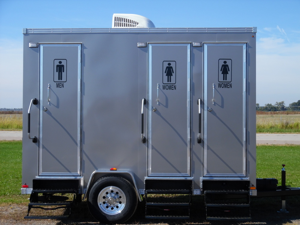 3 Single Mobile Restroom Toilets